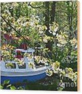 Boat At The Keukenhof Wood Print