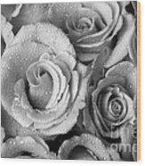 Bouquet Of Roses With Water Drops In Black And White Wood Print