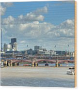 Bridge Over River Thames In London Wood Print