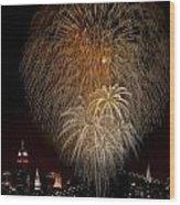 Brooklyn Bridge Celebrates Wood Print by Susan Candelario