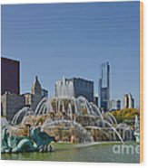 Buckingham Fountain Chicago Wood Print