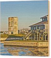 Bumblebee Tower 2 Wood Print