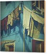 Burano - Laundry Wood Print by Joana Kruse