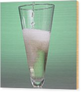 Carbonated Drink Wood Print by Photo Researchers, Inc.