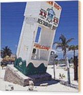 Chen Rio Beach Bar Sign Cozumel Mexico Wood Print