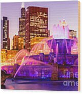 Chicago At Night With Buckingham Fountain Wood Print by Paul Velgos