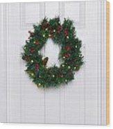 Chrismas Wreath On A White Door Wood Print
