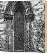 Church Window And Vines Bw Wood Print