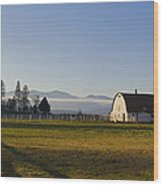 Classic Barn In The Country Wood Print