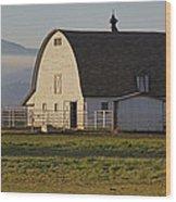 Classic Barn Near Grants Pass Wood Print