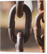 Close Up Of A Chain Link Wood Print
