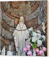 Close Up Shrine Wood Print