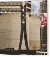 Clothes Pin Statue In Philadelphia Wood Print
