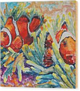 Clownfish In Their Paradise Wood Print