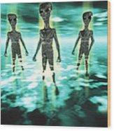 Computer Artwork Of Aliens In A Mist Wood Print