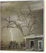 Country Horses Lightning Storm Ne Boulder Co 66v Bw Art Wood Print