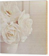 Cream Roses In Vase Wood Print by Photo - Lyn Randle