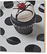 Cupcake With Cherry Wood Print