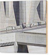 Dam Tourists Wood Print