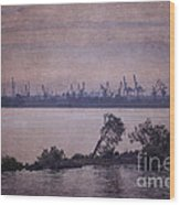 Dawn On The River Neva In Russia Wood Print