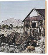 Deserted Desert Dwelling Wood Print
