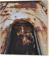Door Of Rust Wood Print