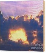 Dramatic Cloud And Sun Formation Wood Print