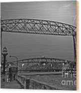Duluth Lift Bridge Under Lightning Wood Print
