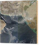 Dust Storms Across Iran, Afghanistan Wood Print