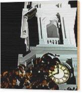 Eight O'clock Eop Wood Print