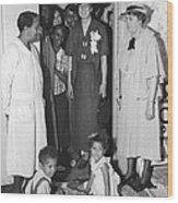 Eleanor Roosevelt Visiting A Wpa Works Wood Print