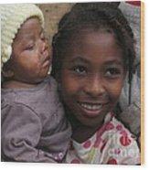Enfants A Madagascar Wood Print by Francoise Leandre