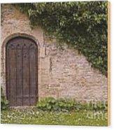 English Door And Ivy Wood Print