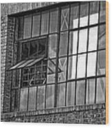 Factory Air In New Orleans In Black And White Wood Print