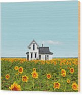 Farmhouse In A Field Of Sunflowers Wood Print