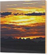 Fiery Sunrise Over The Cascade Mountains Wood Print