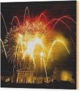 Fireworks At Philadelphia Museum Of Art Wood Print