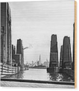 Floating Grain Elevators In Ny Wood Print