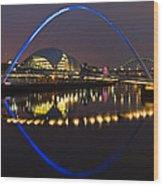 Gateshead Millennium Bridge Wood Print