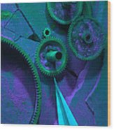 Green Gears Wood Print by Ron Schwager