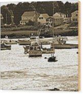 Green Harbor At Low Tide Wood Print