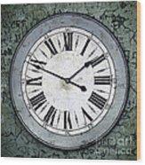 Grungy Clock Wood Print