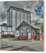 Hampstead Train Station Wood Print