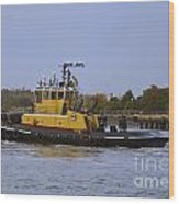 Harbor Tug Savannah Wood Print