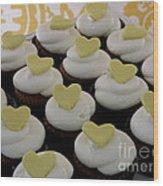 Heart Cupcakes Wood Print