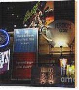 Hershey's At Times Square 85 Wood Print by Padamvir Singh