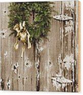 Holiday Wreath On The Farm Wood Print
