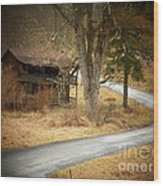 House On A Curve Wood Print