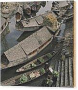 Houseboats Line A Waterway Wood Print