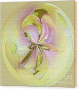 Hydrangea Circle Wood Print